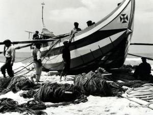 Alfred Ehrhardt, Das Boot von Torreira, 1951, © bpk : Alfred Ehrhardt Stiftung.jpg
