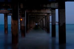 Under-Santa-Monica-Pier Kopie.jpg