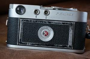 LeicaM2-back.jpg