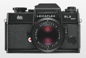 1975_Leicaflex-SL2-MOT_black_Summilux1-4_50_Front.png