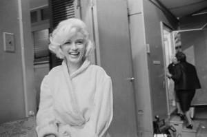 5_Lawrence Schiller_Marilyn Monroe_Somethings got to give_1962_copyright Lawrence Schiller_courtesy Galerie Melilli Mancinetti.jpg