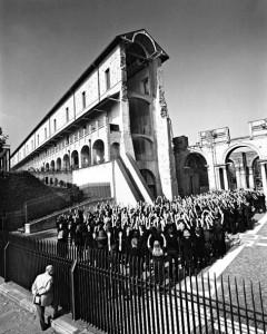 4_Helmut Newton_Castello di Rivoli_Turin 1998_copyright Helmut Newton Estate.jpg