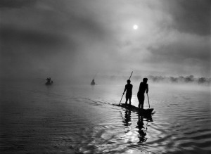 11. Salgado_ In the Upper Xingu region of Brazil's Mato Grosso state, a group of Waura Indians fish in the Puilanga Lake near their village.JPG