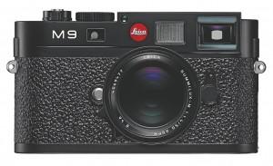 Leica M9 schwarz mit einem Summilux-M 1.4:50 mm Asph, 2009.jpg