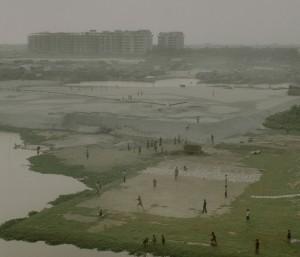 05_ Rasel Chowdhury, Hazari Bag, Dhaka (From the series 'Desperate Urbanization', 2010-14) (5).jpg