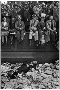 Trafalgar Square, le jour du couronnement de George VI, Londres, 1937.jpg