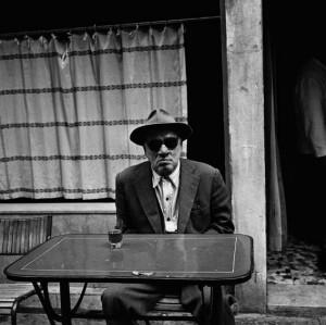 DarkGlasses_Italy_1956.jpg