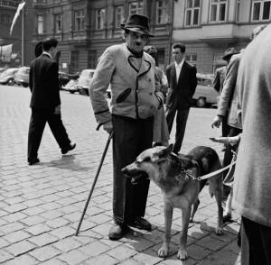 Hitler_Look.a.like_Germany_1956.jpg