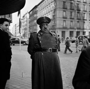 Policeman_Madrid_1956.jpg
