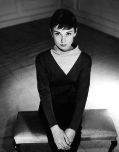 029. Audrey Hepburn by Anthony Beauchamp.jpg