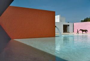 RenC_Burri_Horse_Pool_and_House_by_Luis_Barragan_San_Cristobal_Mexico_1976_ATLAS_Gallery_London.jpg