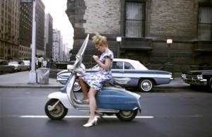 02_web_Joel_Meyerowitz_New_York_City_1965_c_Joel_Meyerowitz_Courtesy_Howard_Greenberg_Gallery_1.jpg