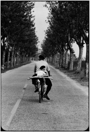 Thomas Hoepker_France, Provence_ 1955.jpg