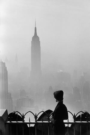 Elliott Erwitt_USA_New York City_Empire State Building_1955.jpg