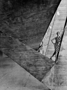 3_Helmut Newton_French Vogue_Rio 1962_copyright Helmut Newton Estate.jpg