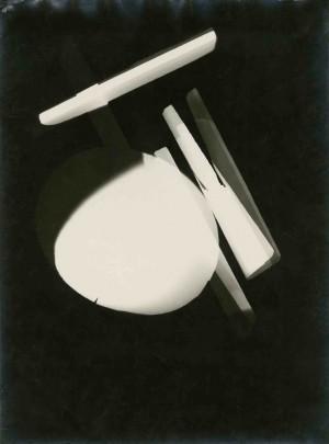 3_László Moholy-Nagy_Photogram_Dessau_1925.jpg