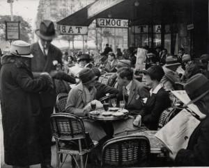 mpk_Andre Kertesz_Cafe du Dome_Paris_1925.jpg