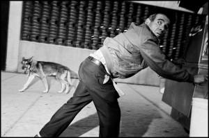 Bruce-GIlden-_-Magnum-Photos.jpg