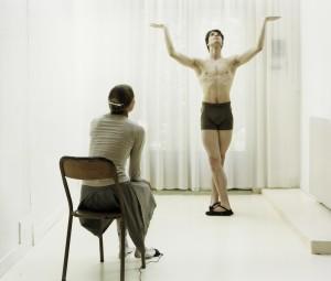 De la se¦ürie _E¦üTtudes d'apre¦Çs mode¦Çle, danseurs_, Artiste avec danseur en Apollon. 2007jpg.jpg