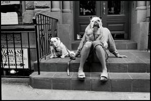 Copyright-Elliott-Erwitt_-MAGNUM-Photos-USA_-New-York-City_-2000.jpg