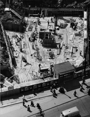 Peter_Keetman_Baustelle Marienplatz_München_1954.jpg