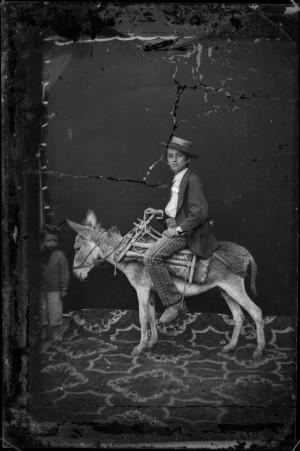 3_zonder titel voor 1881 natte plaat C Pietro Marubi Marubi National Museum of Photography Shkoder.jpg