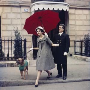 2. Chez Dior, avenue Montaigne, 1958.jpg