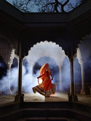 Meena sagar back V4 copie.jpg
