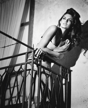 9_Vincent Peters_Alyssa Miller_Sicily 2011_Photo copyright Vincent Peters.jpg