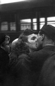 GTB_Harold_Feinstein_Bidding_Farewell_1952-HD.jpg