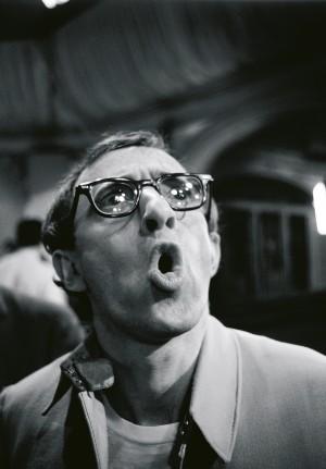03.-SAM-SHAW,-Woody-Allen,-London-1967-∏-Sam-Shaw-Inc.---www.shawfamilyarchives.com.jpg