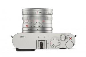 Leica+Q+silver_top_web.jpg