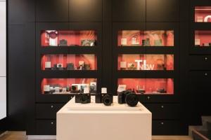 Leica Store Amsterdam 02.jpeg