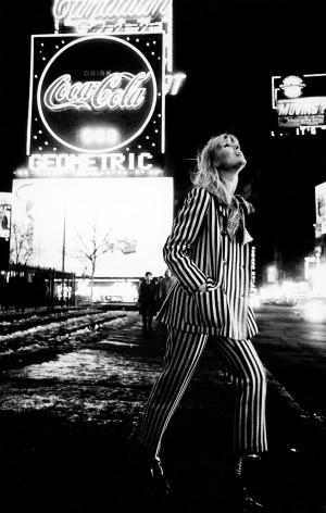 14 Nico in Times Square 1972.jpg