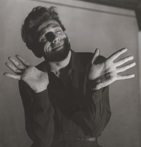 Louise-Dahl-Wolfe_Yves-Montand-Ivo-Livi-Monsummano-Terme-Italy-1921-–-Senlis-France-1991-actor-and-singer.jpg