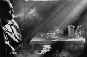 Harold-Feinstein_Man_Smoking_in_Diner_1974_Courtesy-Galerie-Thierry-Bigaignon_web.jpg