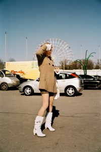Andreas-Herzau_Girl_Moscow_Street_web.jpg