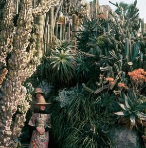 Florette-et-Stéphanie,-jardin-exotique,-Monaco,-13-avril-1964-Photographie-J.H.-Lartigue-©-Ministère-de-la-Culture-France_web.jpg