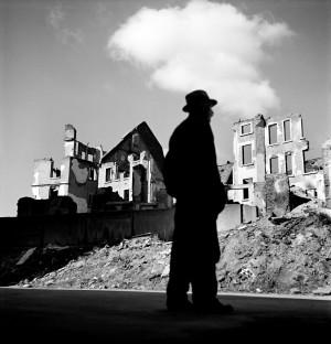 Werner Bischof, Germany, Frankfurt, 1946.jpg