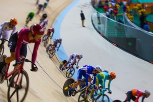 2_Rio-2016-OG,-Cycling-Track,-omnium-Men---Scratch-race,-Sanghoon-PARK-(KOR)-in-the-middle-and-Thomas-BOUDAT-(FRA)-©-2016-_-Comité-International--Olympique-(CIO)-_-BURNETT,-David-web.jpg
