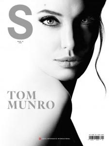 1_Leica-S-Magazine-10-Tom-Munro-Cover-ANGELINA-JOLIE-Guerlain-Mon-Guerlain.jpg