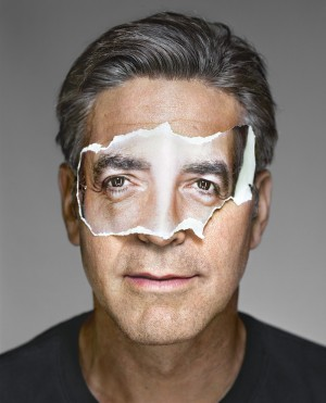 02_OstLicht_MARTIN_SCHOELLER_Up_Close_George_Clooney_2008.jpg