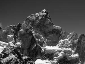 2_@Robert-Bösch_Nuptse-Westwand,-Nepal_web.jpg