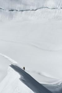 1_@Robert-Bösch_Ueli-Steck-im-Südlichen-Eigerjoch,-Berner-Alpen,-Schweiz_web.jpg