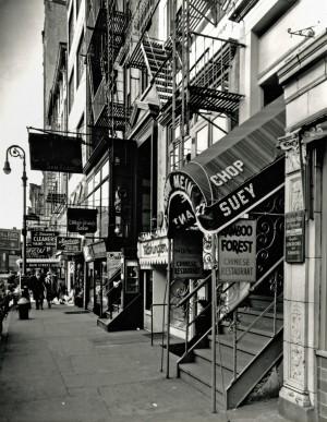f3_#womenphotographer_BereniceAbbott_MacDougalStreet_NYC_web.jpg