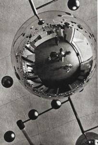 3_Walter-Funkat_Glaskugeln_1929.jpeg