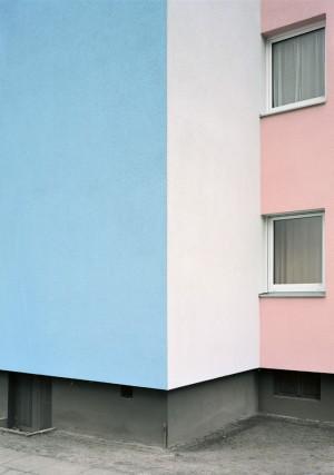 Lukas-Hoffmann,-Simmelstrasse,-Berlin,-2018,-C-print,-83-x-58,5-cm_web.jpg