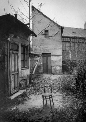 Na Hrázi Street - Bohumil Hrabal's home, Prague, 1987 © Miroslav Hucek.JPG