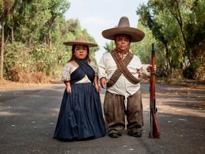 Pieter-Hugo_Zapata-and-Adelita,-Mexico-City,-2019,-Pigment-print,-©Pieter-Hugo,-courtesy-PRISKA-PASQUER,-Cologne_web.jpg
