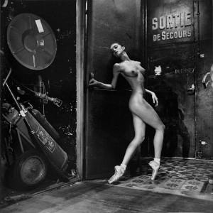 1_Helmut Newton, Ballet de Monte Carlo, 1992_copyright Helmut Newton Estate.jpg